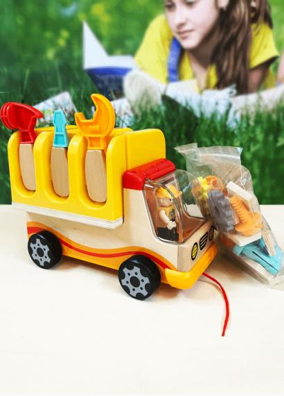 Kamioni i punëtorit me vegla